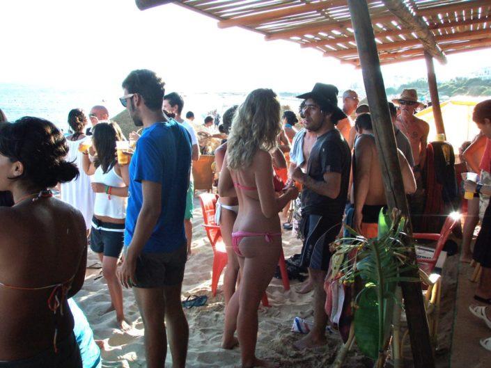 Beach-Party im Surfcamp in Spanien - Andalusien