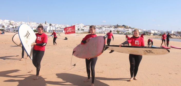 Surfkurs in Conil, Andalusien