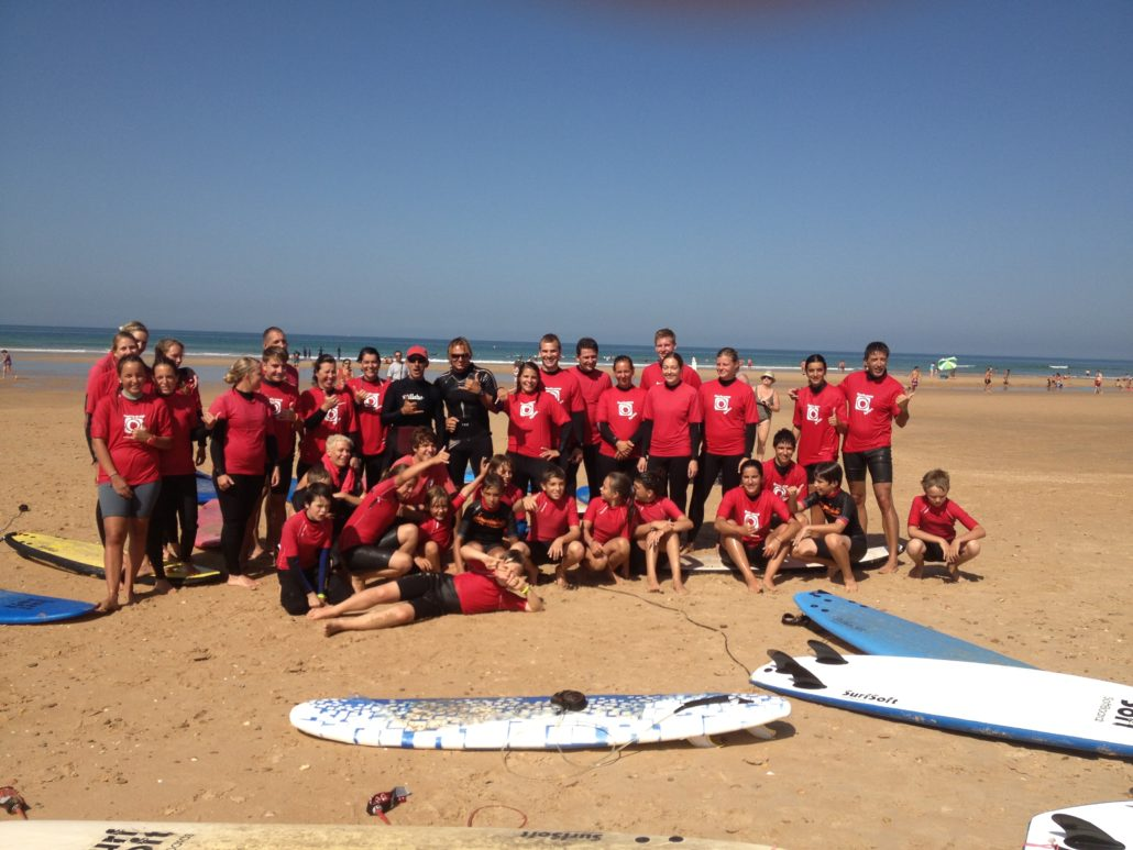 Surfkurs für Kinder in Conil Andalusien