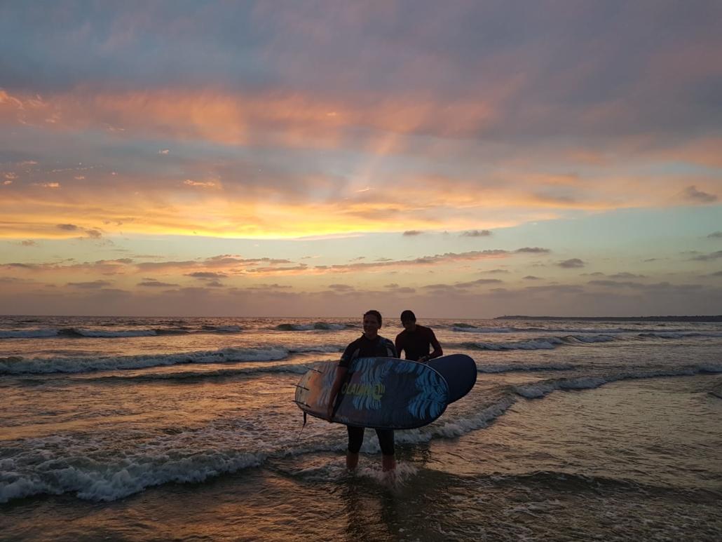 Surfen im Surfcamp Andalusien