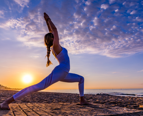 Yoga und fitness Surfcamp in Andalusien Spanien