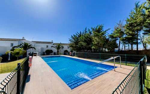 Pool Surf camp Andalusia Spain Surfen